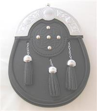 Leather Band Sporran With Metal Tassels